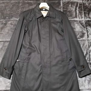 Burberry Coat size 50r